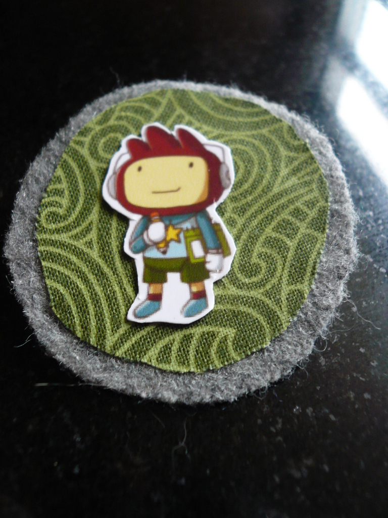 Maxwell from Scribblenauts as a brooch