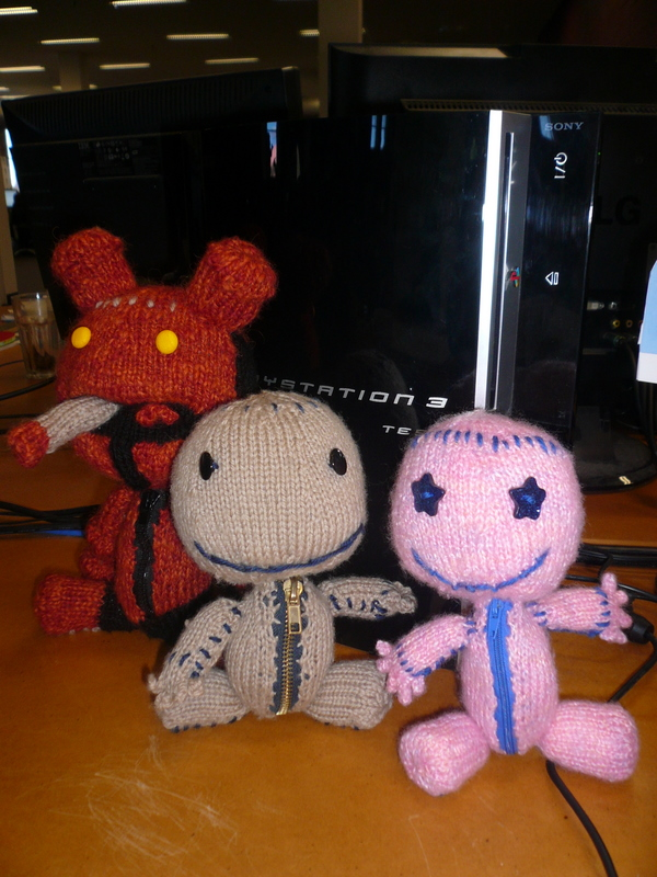 A cluster of knitted Sackboys from Little Big Planet